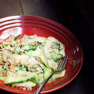 Zucchini Noodles with Tuna and Tomato Recipe