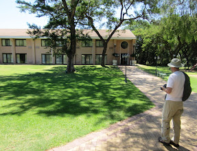 Photo: And finally, our hotel in Gaborone (Gaborone Sun) (with Lasse also in the picture)