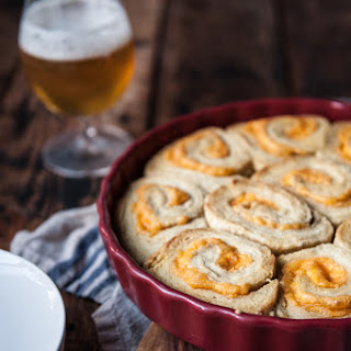 20-Minute Garlic Cheddar Beer Biscuit Rolls