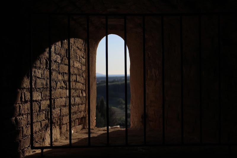 Uno sguardo dal Medioevo. di francesco_capece98