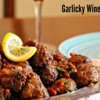 Portuguese Meatballs in a Garlicky Wine Sauce #SundaySupper.