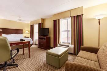 Homewood Suites by Hilton Cambridge-Waterloo, Ontario