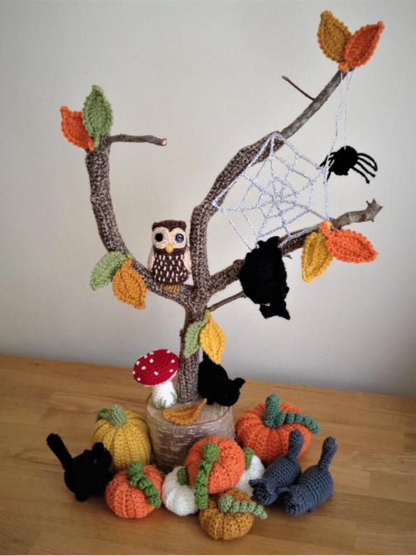 Crochet Halloween Spooky Tree