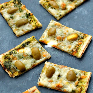 Pesto and Olive Flatbread.