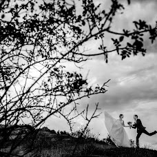 Wedding photographer Mihai Ruja (mrvisuals). Photo of 03.09.2017