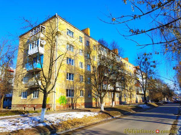 Вул. Гулака-Артемовського, 23.. Фото: І.Сметанін