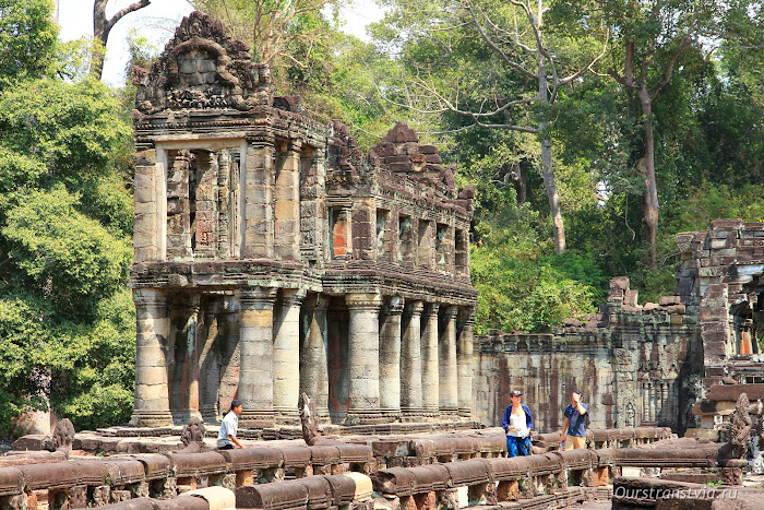 Зернохранилище в Преа Кхан, храмы Камбоджи