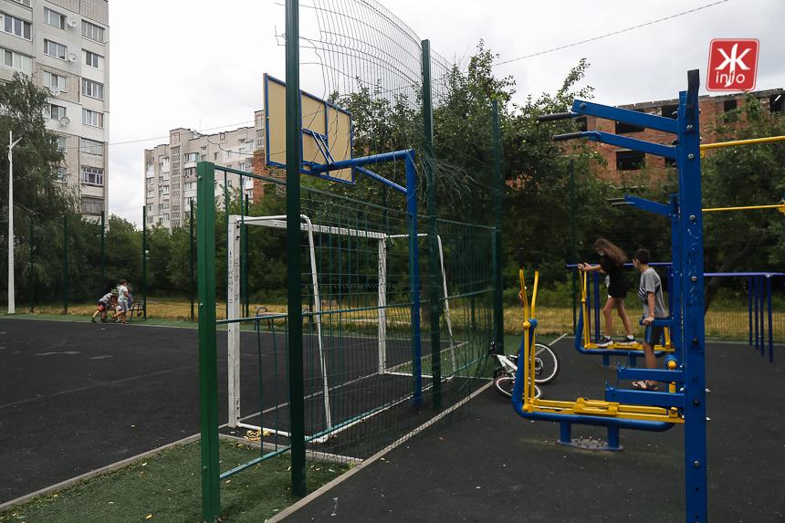 oD9Ucotvuf2kpF1Dl2RGkBm2SUKcl 9nEYh7EZFmR1obsjLoxxYHorNPKwI9hNT2cMkVVfeL9berOE3yuYfpuGvX0L1t1SlteDbEitnavH6ZRTAZgsu7qR3necEnnAeUcOnErB6A - Шість спортивних майданчиків у Житомирі, які реконструювали за кошти державної субвенції кілька років тому. Фоторепортаж