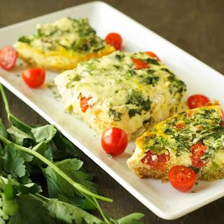Slow Cooker Quinoa Breakfast Casserole with Tomato and Spinach Recipe