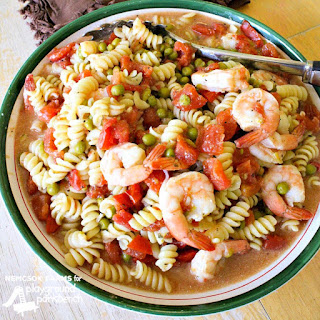 20 Minute Shrimp & Pasta Pot