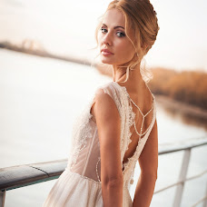 Wedding photographer Elena Nikolaeva (springfoto). Photo of 15.07.2019