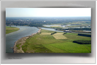 Foto: 2012 01 08 - R 04 07 07 1027 - P 147 - Rheinfahrt