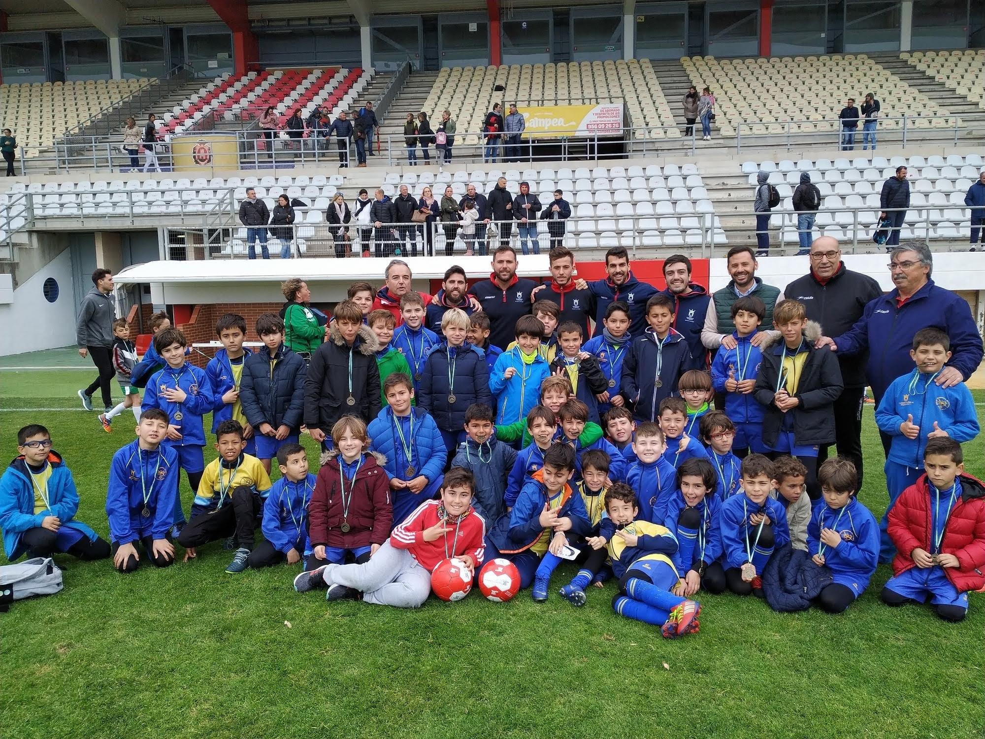 Algeciras acoge la clausura provincial de las Escuelas Municipales de Fútbol