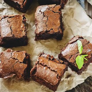 Gooey Paleo-friendly Fudge Brownies