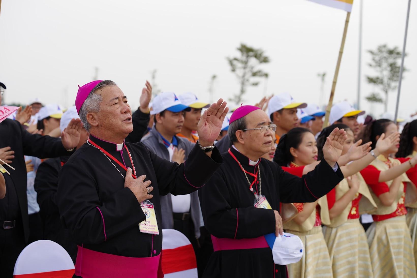 Những hình ảnh đẹp về lễ khai mạc Đại Hội Giới Trẻ giáo tỉnh Hà Nội lần thứ XV tại Thanh Hóa - Ảnh minh hoạ 40