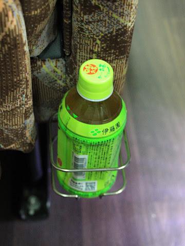 京浜急行バス「エディ号」吉野川系統 3207 お茶のサービス