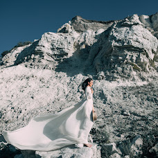 Wedding photographer Alina Bosh (alinabosh). Photo of 04.07.2019