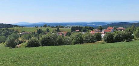 Photo: Bergbaude Waffenrod - Aussicht in der Nähe der Bergbaude.