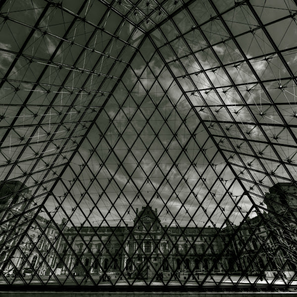 Photo: Louvre Pyramid in Square