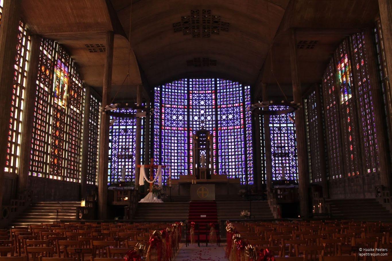 Église Notre-Dame du Raincy (Le petit requin)