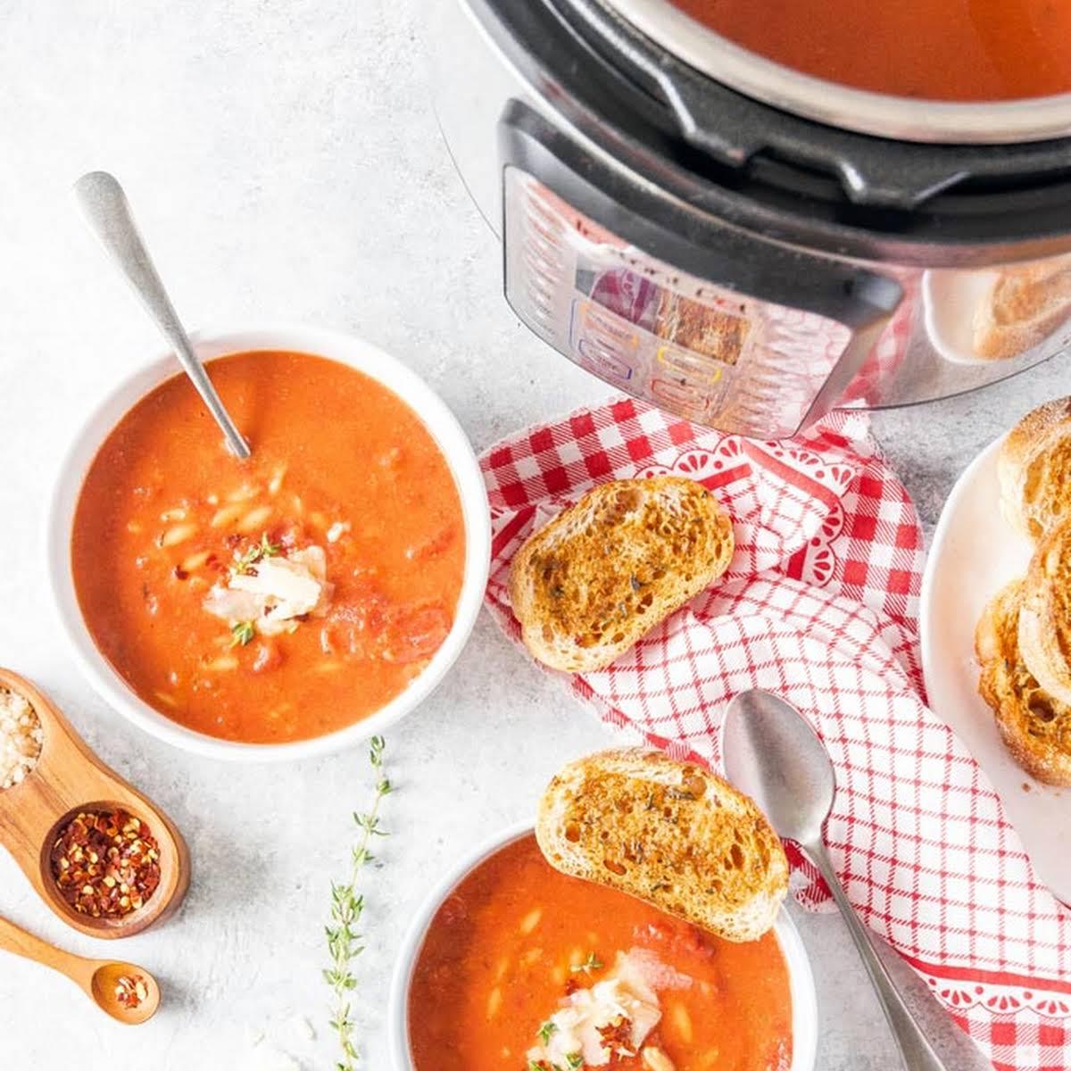Instant Pot Tomato Orzo Soup