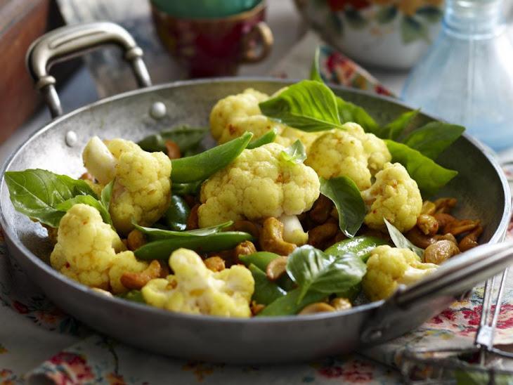 Curried Cauliflower with Cashews Recipe