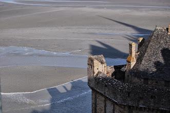 Photo: BRETANYA 2013. MONT SAINT-MICHEL (Normandia ). Arribada d'aigua fins a les muralles
