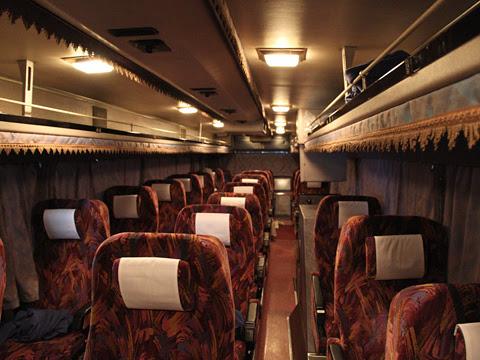 西鉄高速バス「桜島号」夜行便 4012 車内