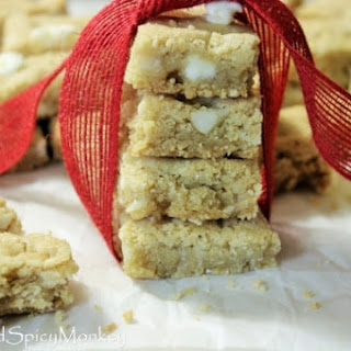 White Chocolate Macadamia Nut Cookie Bars