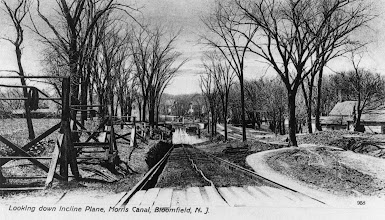 Photo: Back of the Collins House is visible on the right in this postcard photo of the Inclined Plane.