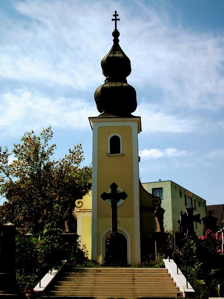 Zalaegerszeg - Szent Ilona kálváriakápolna a keresztúttal