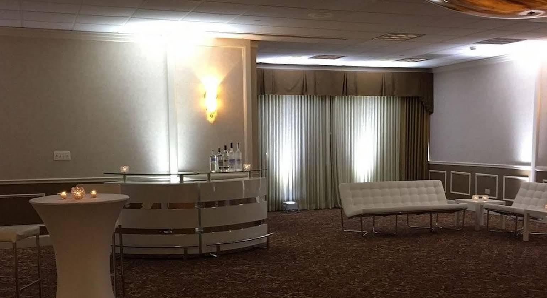 Crowne Plaza Hotel Chicago-Northbrook