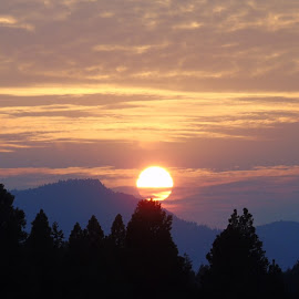 SUNDOWN by Cynthia Dodd - Novices Only Landscapes ( clouds, mountain, sky, nature, colors, sunset, outdoors, trees, sun )