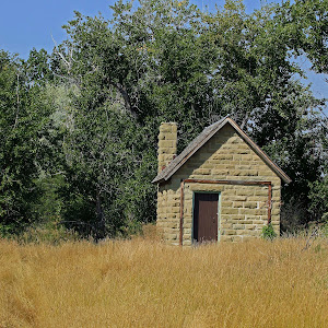 289 Fort Shaw Wash House.jpg