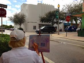 Photo: Kat Albers painting at Lake Worth