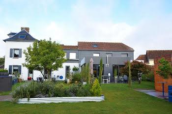propriété à La Neuville-Chant-d'Oisel (76)