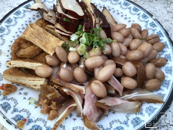 四四南村美食推薦 小凱悅南村小吃店 眷村麵超好吃的