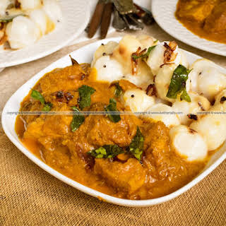 Kozhiyum Pidiyum, Roasted Coconut Chicken Curry with Rice Dumplings.
