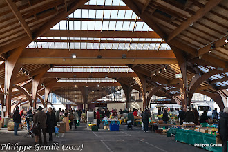 Photo: Marché - Halle Georges Brassens