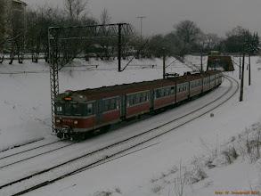 """Photo: EN57-1314, Toruń Główny - Iława Główna {szlak Toruń Miasto - Toruń Wschodni (""""wąwóz kolejowy""""); 2013-01-26}"""