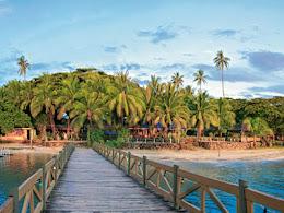 Bridge to the foot at First Landing Resort
