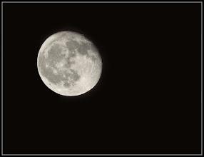 Photo: 13. december 2011 - Månen igen