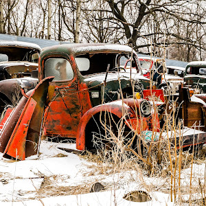 2015_02_10 [0538] - Rusty Pick-ups in Junk Yard.jpg