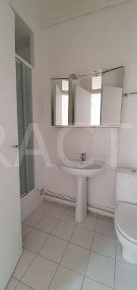 Location appartement 7 pièces 165 m2