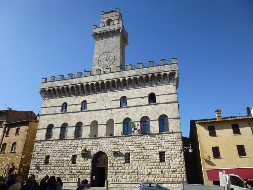 C:\Users\Gonzalo\Desktop\Documentos\Fotografías\La Toscana\103_PANA\103_PANA\P1030523.JPG