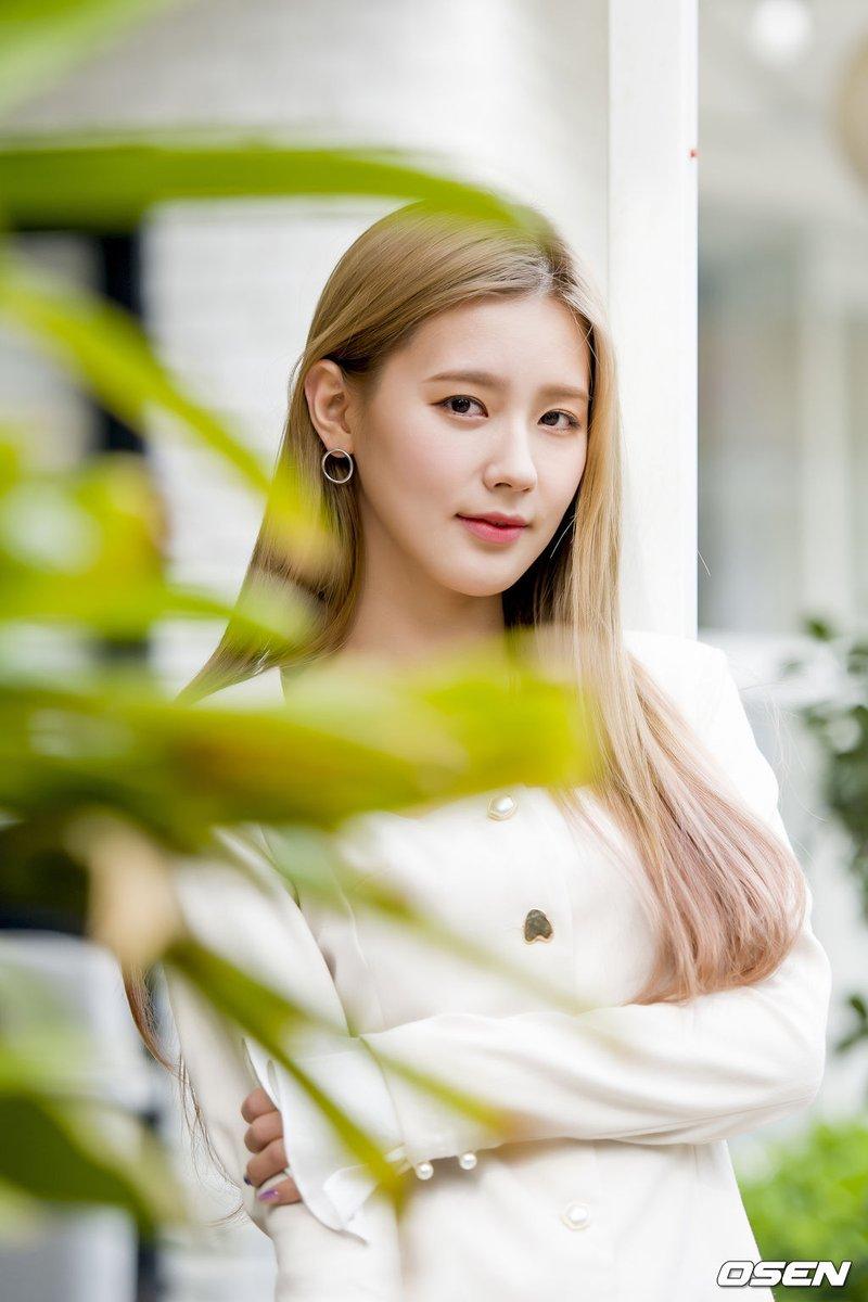 miyeon white 32