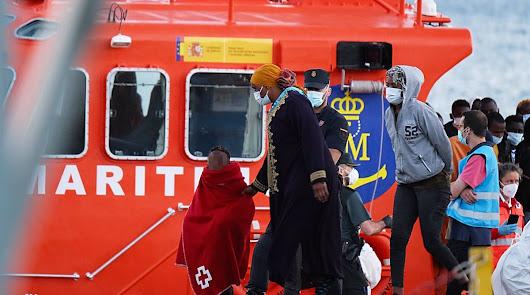 Casi 600 inmigrantes han tenido que guardar cuarentena en el albergue de Almería