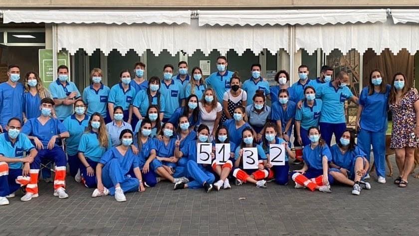 Equipo de sanitarios en el Palacio de los Juegos, que el miércoles puso más de 5.000 vacunas.