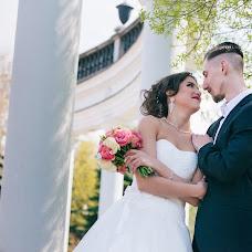 Wedding photographer Oksana Lukyanova (Ksanaphoto). Photo of 08.07.2015