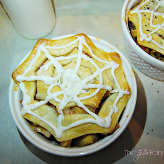 Spider Web Mini Peach Cobblers